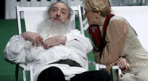 """Predstava """"Čehov je Tolstoju rekao zbogom"""" po tekstu Mira Gavrana, u režiji Irfana Mensura"""